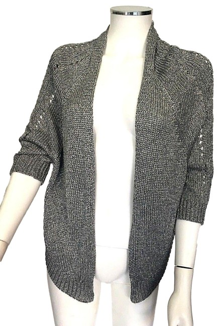 Preload https://img-static.tradesy.com/item/24548971/vince-silver-gray-shimmering-knit-shrug-sweater-chic-cardigan-size-2-xs-0-1-650-650.jpg