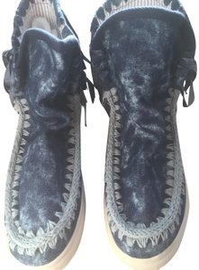 Mou Summer Eskimo Fringed Denim blue with lighter blue stitching and tie dye effects Boots