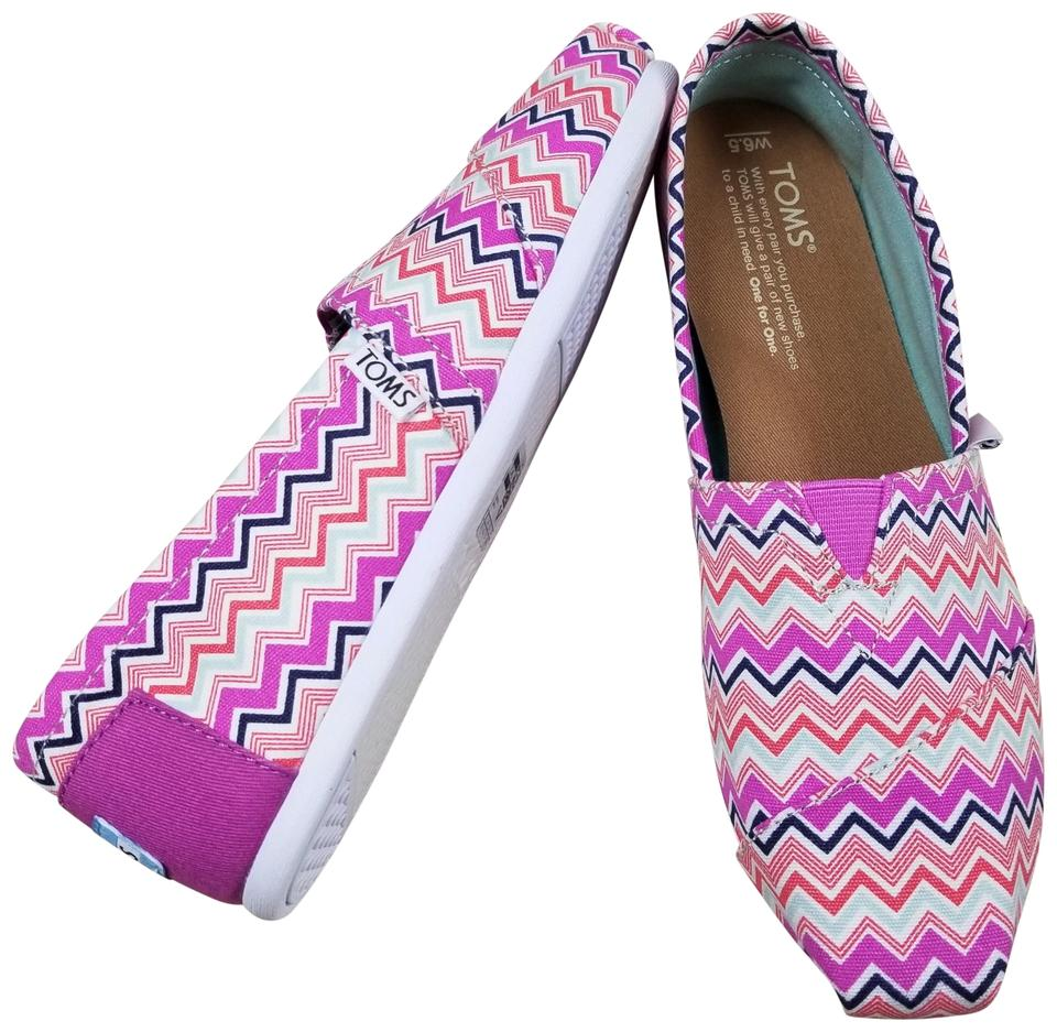 e39f6585960 TOMS Pink Classic Canvas Chevron Slip On Flats. Size  US 6.5 Regular (M ...