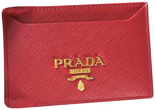 Preload https://img-static.tradesy.com/item/24549562/prada-red-new-saffiano-leather-card-case-gold-hw-wallet-0-1-540-540.jpg