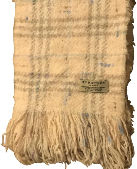 Preload https://img-static.tradesy.com/item/24549815/burberry-neutral-soft-pink-with-multi-soft-multi-color-london-vintage-check-wool-blend-scarfwrap-0-2-540-540.jpg