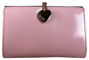 Moschino Patent Leather Mini Heart Pink Clutch