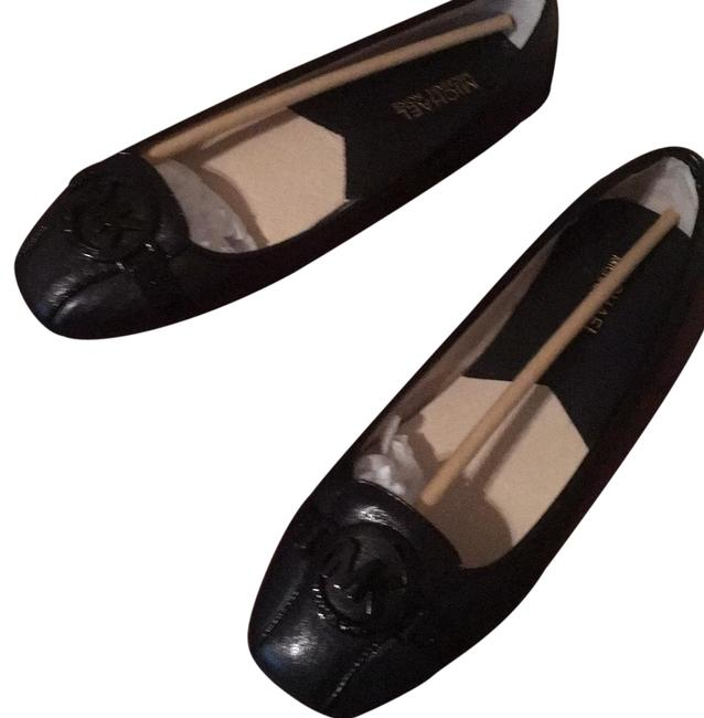 Item - Black Flats Size US 9 Regular (M, B)