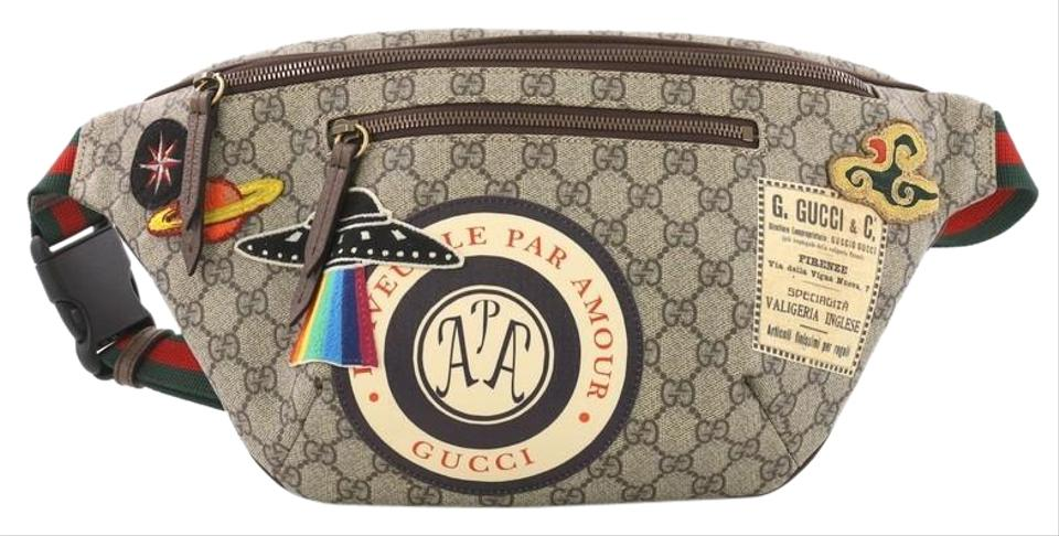 abf4ccf0053 Gucci Courrier Zip Belt Gg Coated with Applique Brown Canvas ...