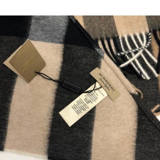 Burberry Burberry Bandana in Check Cashmere Image 3