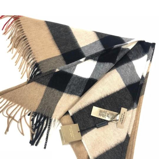 Burberry Burberry Bandana in Check Cashmere Image 5