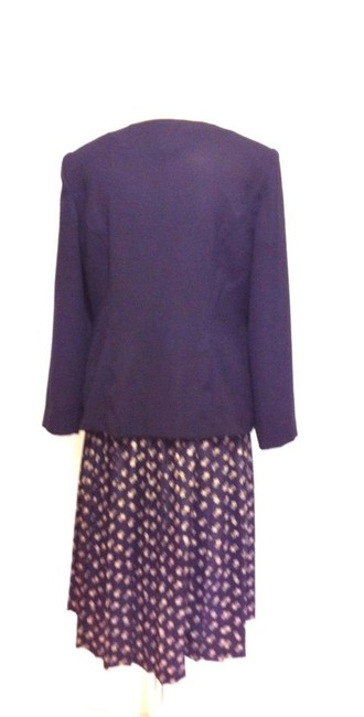 Leslie Fay 3 Piece Pleated Skirt Suit Image 2