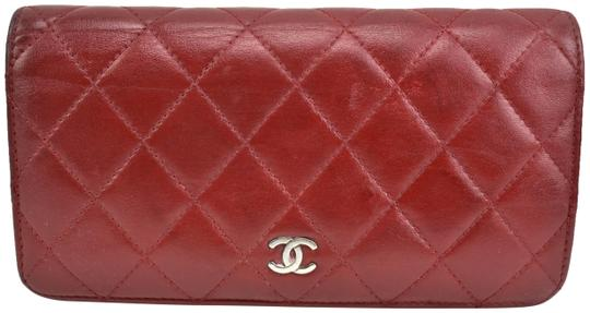 Preload https://img-static.tradesy.com/item/24553042/chanel-burgundy-quilted-leather-and-cc-logo-long-continental-mq-wallet-0-1-540-540.jpg