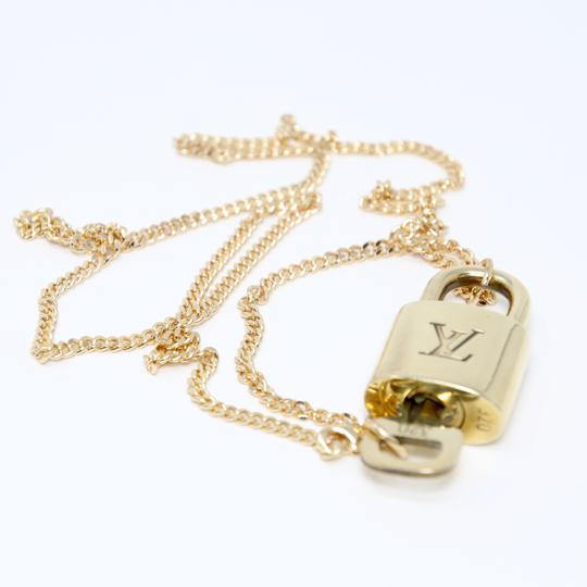 Louis Vuitton 14k Gold Plaquette Made in Italy Chain Signature Padlock and Key 22in