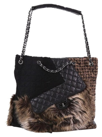 Preload https://img-static.tradesy.com/item/24553660/chanel-cabas-karl-s-fantasy-and-quilted-leather-black-fur-tote-0-1-540-540.jpg