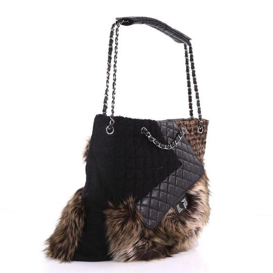 Chanel Fur Leather Tote in black
