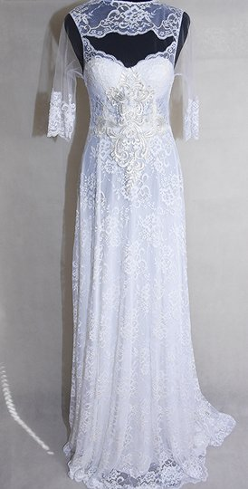 Preload https://img-static.tradesy.com/item/24553674/lisa-nieves-pearl-white-french-lace-gown-formal-wedding-dress-size-10-m-0-2-540-540.jpg