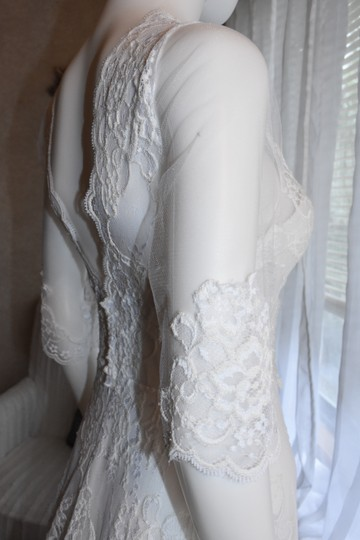 Lisa Nieves Pearl White French Lace Gown Formal Wedding Dress Size 10 (M)