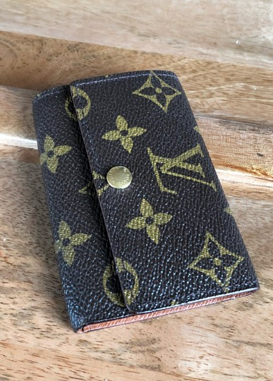 Louis Vuitton Louis Vuttion keycase 6