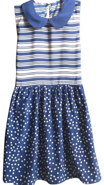 Preload https://img-static.tradesy.com/item/24553880/forever-21-navy-and-pink-exclusive-short-casual-dress-size-4-s-0-4-650-650.jpg