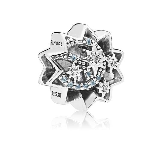 Preload https://img-static.tradesy.com/item/24554172/pandora-silver-disney-when-you-wish-upon-a-star-light-blue-enamels-and-crystals-charm-0-0-540-540.jpg