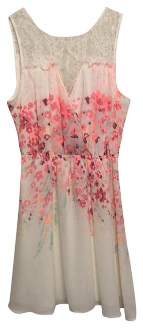Preload https://img-static.tradesy.com/item/24554201/candie-s-pink-cream-spring-mid-length-short-casual-dress-size-8-m-0-1-650-650.jpg
