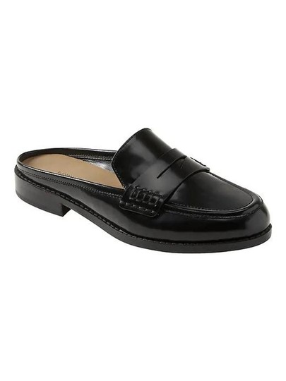 Preload https://img-static.tradesy.com/item/24554204/banana-republic-black-demi-penny-loafer-slide-flats-size-us-85-regular-m-b-0-0-540-540.jpg