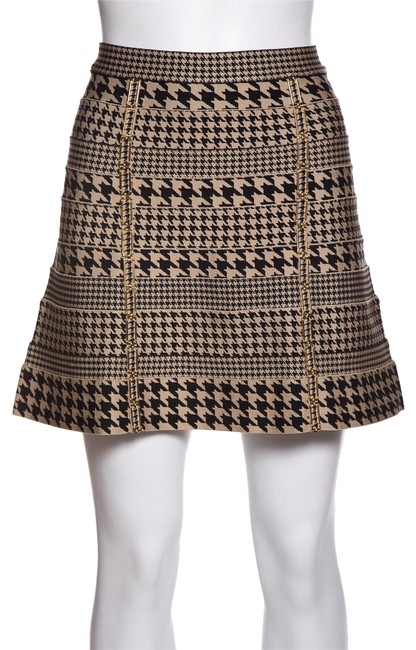 Preload https://img-static.tradesy.com/item/24554293/herve-leger-black-and-tan-houndstooth-meredith-skirt-size-0-xs-25-0-2-650-650.jpg