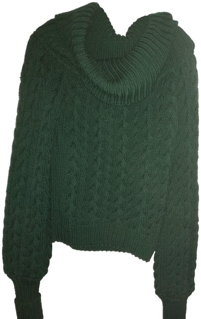 Preload https://img-static.tradesy.com/item/24554396/thick-cable-knit-dark-green-sweater-0-1-650-650.jpg