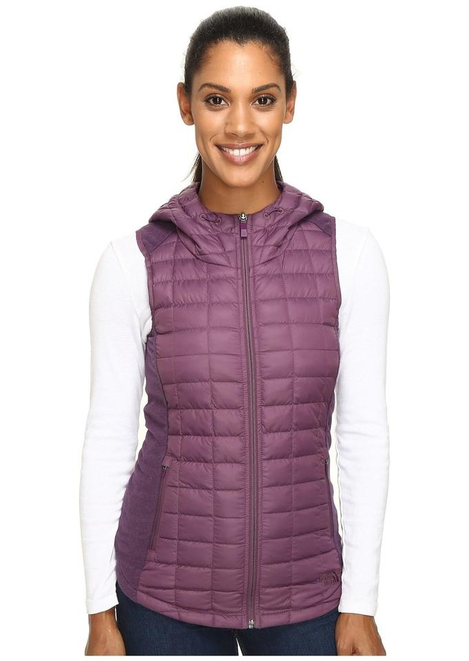 deb60c5c6 The North Face Purple Ma Thermoball Hooded Sugilite Vest Size 8 (M)