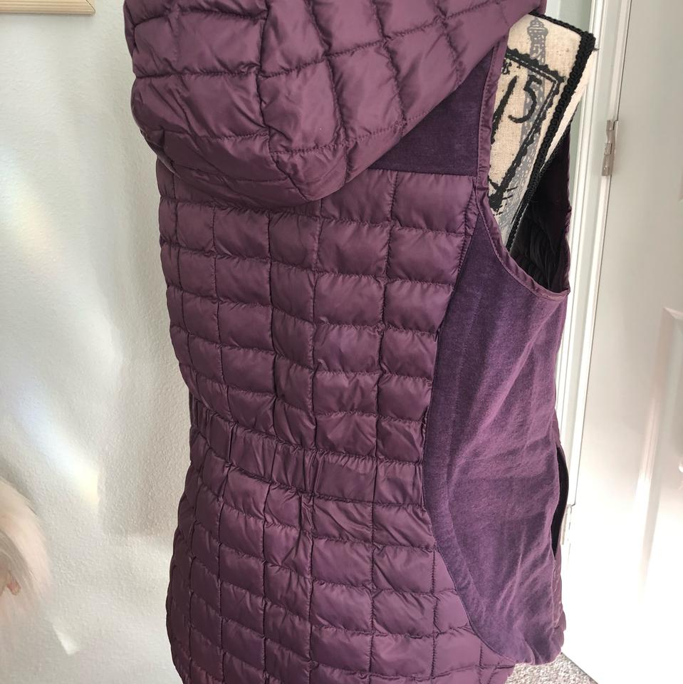 05ed0a9f3 The North Face Purple Ma Thermoball Hooded Sugilite Vest Size 8 (M)