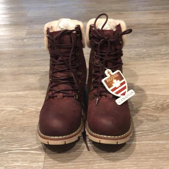 Royal Canadian burgundy Boots Image 1