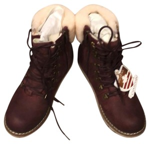 Royal Canadian burgundy Boots