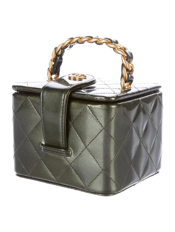 8e4a229d1ada Chanel Vintage Kylie Jenner Vanity Micro Mini Camo Green Clutch Image 0 ...