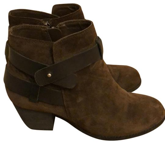 Preload https://img-static.tradesy.com/item/24555513/dolce-vita-brown-suede-bootsbooties-size-us-85-regular-m-b-0-1-540-540.jpg