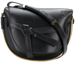 02e0985431 loewe-gate-frame-small-black-calfskin-leather-shoulder-bag-0-1-300-300.jpg