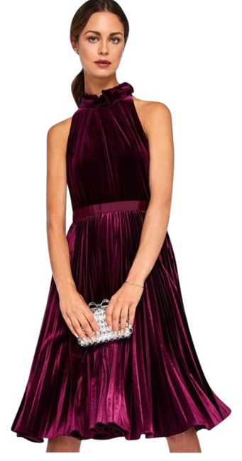 Preload https://img-static.tradesy.com/item/24556333/ted-baker-oxblood-cornela-bow-trim-pleated-velvet-midi-2018-mid-length-night-out-dress-size-6-s-0-1-650-650.jpg