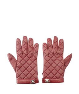 Chanel Chanel Red Lambskin Quilted Turn-Clasp Glovesx Size 7.5 (162436)