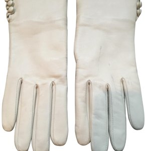 Lord & Taylor Lord &Taylor leather gloves