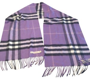 Burberry The Classic Cashmere Check Scarf