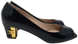 Chanel Patent Leather Gold Hardware Interlocking Cc Pointed Toe Cc Black Pumps