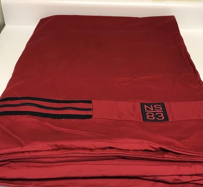 """Item - Red and Blue Trim King Size Duvet Cover with Navy Zipper Closure 106"""" X 92 Other"""