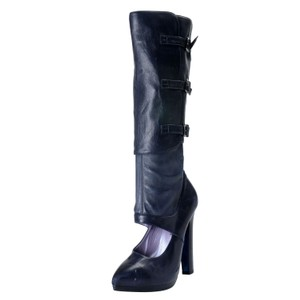 450ca5e3e13 Versace Boots   Booties - Up to 90% off at Tradesy