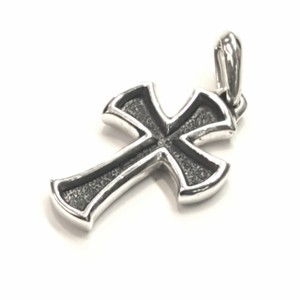 "David Yurman PHENOMENAL!! David Yurman Sterling Silver Cross Amulet Sterling Silver 1.5"" x 1"" Would go GREAT with a David Yurman necklace!! 100% Authentic Guaranteed!! Comes with Original David Yurman Pouch!!"