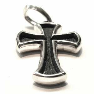 "David Yurman PHENOMENAL!! David Yurman Sterling Silver Cross Amulet Sterling Silver 1.5"" x 1"" Reversible style!! Would go GREAT with a David Yurman necklace!! 100% Authentic Guaranteed!! Comes with Original David Yurman Pouch!!"