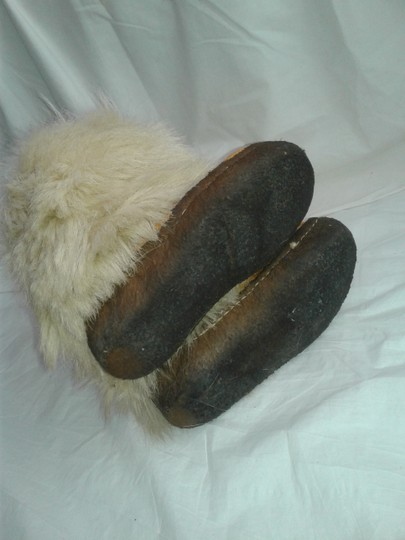 Maple Leaf Shoe Made In Canada Warm Yeti Style Goat Type Fur Vintage Beige, cream Boots Image 8