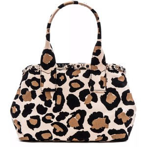 Marc by Marc Jacobs Tote in black multi