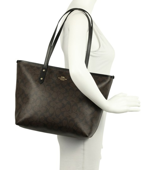 Coach New With Tags Tote in Brown Image 11