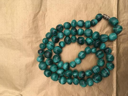 Other Malachite green bead necklace Image 1