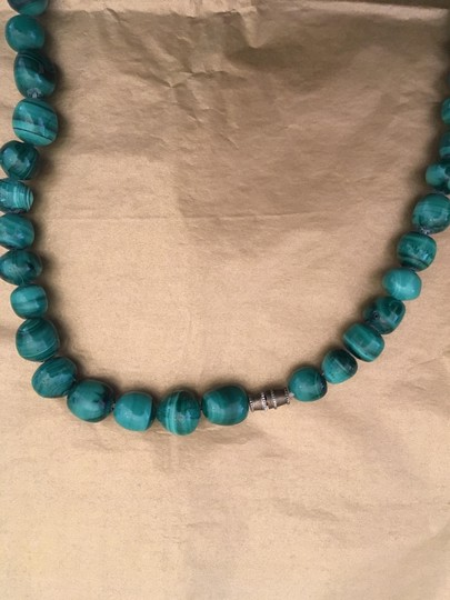 Other Malachite green bead necklace Image 6