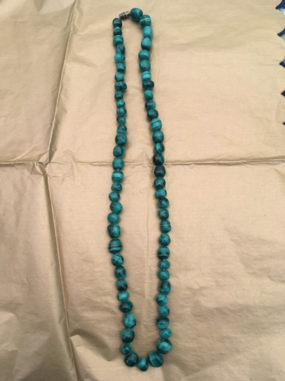 Other Malachite green bead necklace Image 7