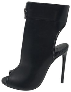 defbbdc3e4b Tom Ford Boots   Booties - Up to 90% off at Tradesy