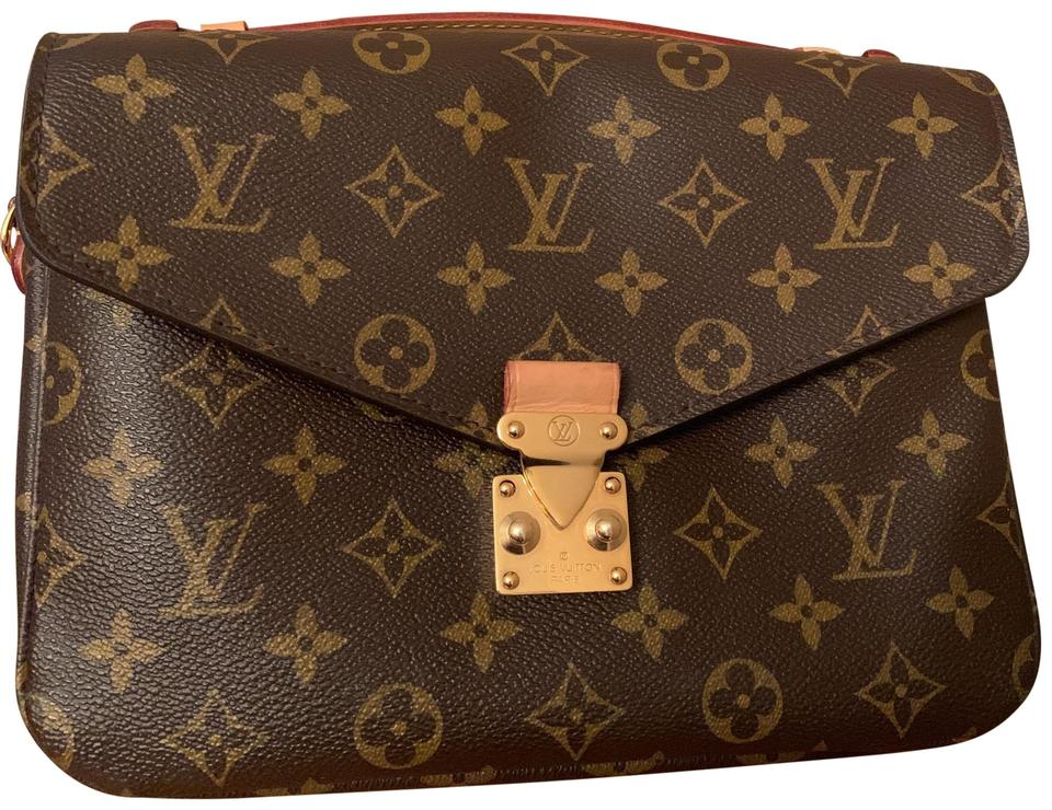 0301f89b2731 Louis Vuitton Pochette Métis Monogram Canvas Leather Microfiber ...