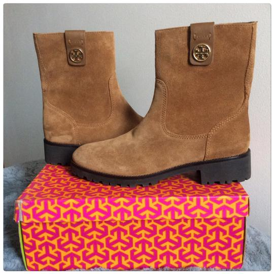 Preload https://img-static.tradesy.com/item/24562266/tory-burch-cognac-oakridge-bootsbooties-size-us-8-regular-m-b-0-0-540-540.jpg