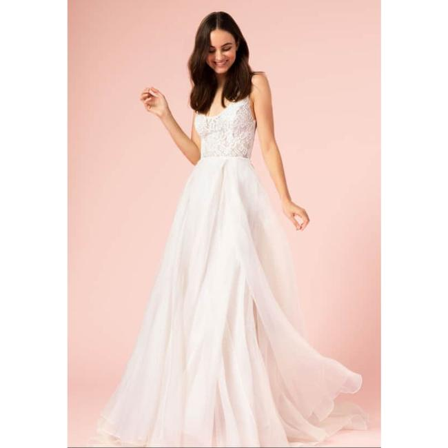 Item - Silk White/Blush Lace Bodice A-line Scoop Neck Gown Formal Wedding Dress Size 8 (M)
